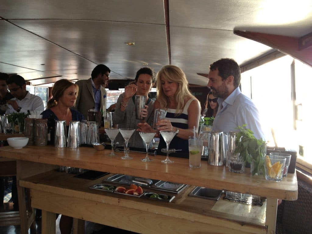 mixologyevents-cocktail class-boat-River thames-london-10