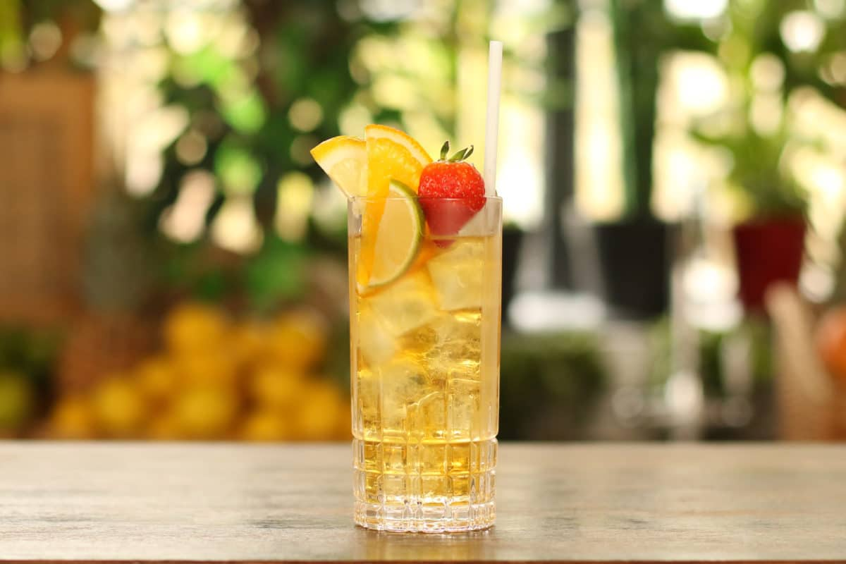 Pimms-and-Lemonade-cocktail-recipe